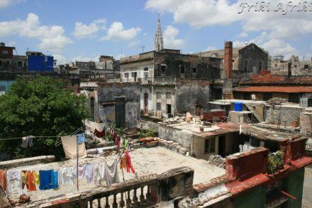 Widok z naszego balkonu - Habana Centro