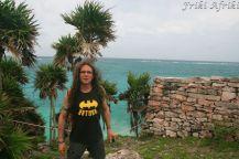 Palmy we włosach potargał wiatr