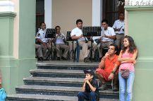 Niedziela w Cordobie - orkiestra gra