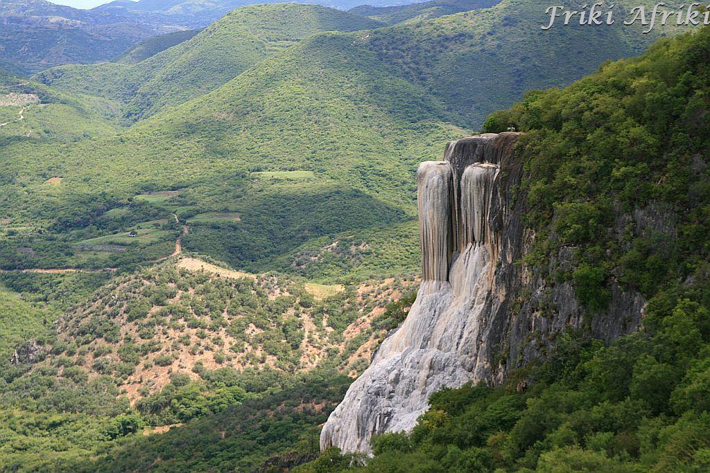 Skamieniałe wodospady - Hierve del Agua